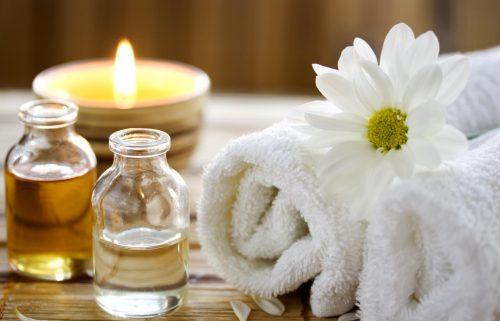 Yağlı ve tütsü kokulu masaj odaları zararlımıdır? Masaj yaparken müziğin etkisi varmı?